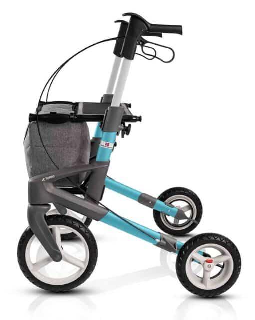 blauwe rollator met grote wielen