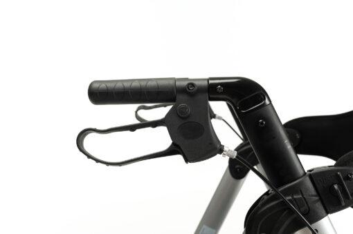 Goliat Silver Detail handle