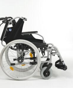 d100 rolstoel vermeiren met wegklapbare rug en armleuningen