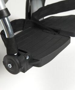 d200 rolstoel met opklapbare beensteunen