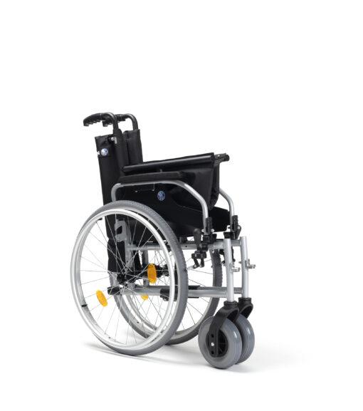 rolstoel d100 opgevouwen scaled